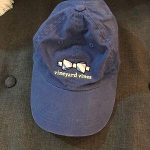 Vineyard Vines for Kentucky Derby hat